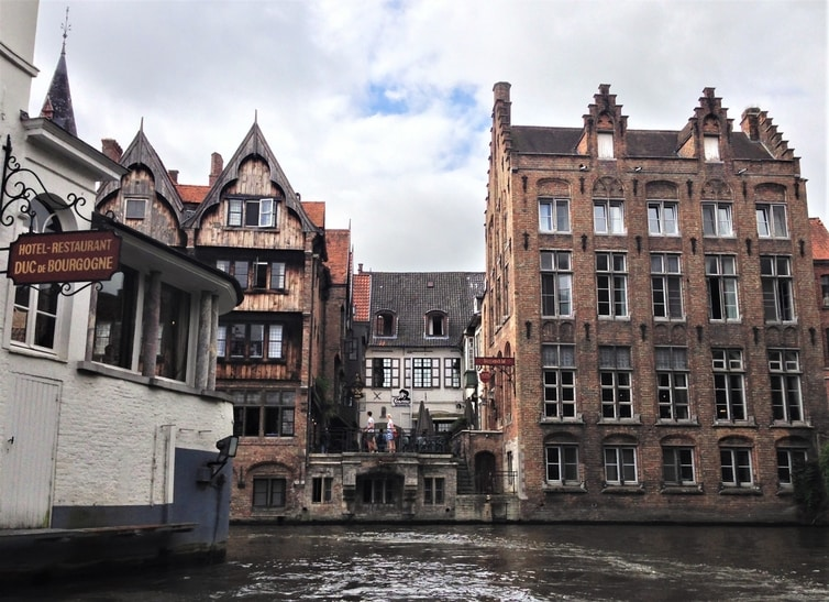 Fountain of Travel One Day in Bruges Itinerary Canal Boat Tour